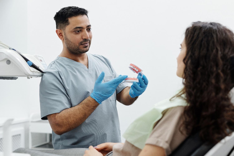 Mini Dental Implants - American Academy of Implant Dentistry